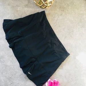 Nike size L Dri Fit athletic skort 👑